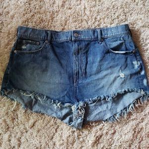 Express denim Jean shorts size 18